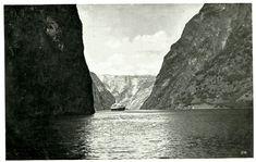 Sogn og Fjordane fylke Aurland kommune Nærøbugten med turistskip brukt 1935