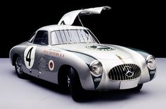 The Mercedes-Benz 300 SL (W 194) with which Karl Kling and Hans Klenk won the Carrera Panamericana in 1952. The protective bars were installed by co-pilot Hans Klenk after a vulture crashed through the windscreen.