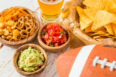 Whether you are rooting for The #Patriots, the #Falcons or just the half time show, look like a winner with your #GothamGlow! #Airbrushtan #SuperBowl #SuperBowlSunday #Snacks #food #SuperBowlSnacks #Yum #GTGAGG