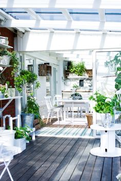 Light and airy garden room.