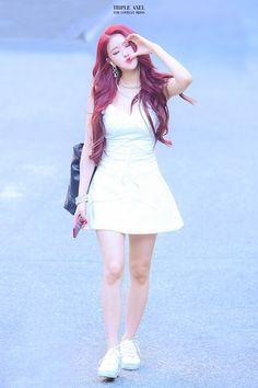 Lovelyz Mijoo, Ballet Skirt, Asian, Skirts, Tutu, Skirt, Gowns, Skirt Outfits