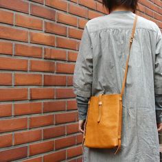 Purses and handbags fashion and style change every year and with every season. Leather Crossbody Bag, Leather Purses, Leather Handbags, Leather Totes, Leather Bag Pattern, Popular Handbags, Leather Bags Handmade, Purses And Handbags, Cheap Handbags