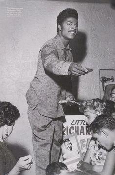 Little Richard with fans, 1950′s..Little Richard - Ante Up Vs Tutti Frutti.