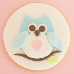 How to make sugar cookies with owl motif