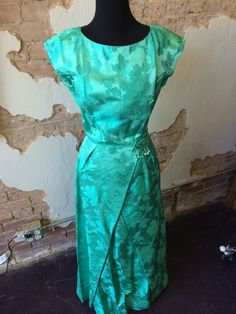 Dynasty Gown Beautiful vintage emerald gown in perfect condition www.therufflifelingerie.com
