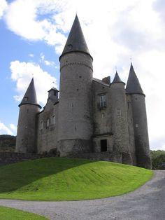 Gazet Van Vlaanderen – Castle of Vêves, kasteel van VêvesGoogle+