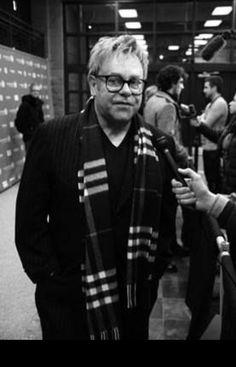 Check out Elton John @ Iomoio Elton John Aids Foundation, Plus Size Men, Billie Jean King, Its A Wonderful Life, Hercules, Rock And Roll, Superstar, Punk, Mens Fashion