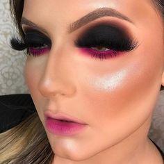 - Makeup Looks Korean Unique Makeup, Creative Makeup Looks, Colorful Eye Makeup, Glamorous Makeup, Glam Makeup, Gorgeous Makeup, Makeup Inspo, Eyeshadow Makeup, Hair Makeup