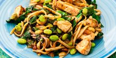 Peanut chicken with soba noodles. buckwheat soba noodles instead of pasta in this Asian-inspired chicken dish. It's loaded with leafy greens, fresh edamame and crunchy peanuts. Enjoy hot or cold! Chicken Recipes Under 300 Calories, Chicken Breast Recipes Healthy, Chicken Flavors, Healthy Chicken Recipes, Fixate Recipes, Free Recipes, Recipes Dinner, Yummy Recipes, Yummy Food