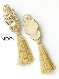 Lacey soutache earrings / gold extra big by Violetbijoux on Etsy Gold Bridal Earrings, Beaded Earrings, Earrings Handmade, Brooches Handmade, Soutache Pattern, Diy Accessoires, Diy Jewelry Tutorials, Soutache Necklace, Bead Embroidery Jewelry