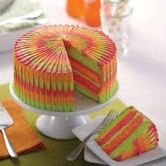 Easy Layers! Round Layer Cake Pans Set, 4-Piece | Wilton Pretty Cakes, Cute Cakes, Beautiful Cakes, Amazing Cakes, Novelty Birthday Cakes, Birthday Cake Girls, Creative Birthday Cakes, Food Cakes, Cupcake Cakes