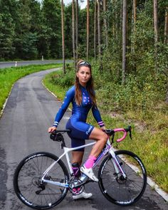 "6,923 Likes, 87 Comments - Sylwia Przybylska (strava) (@syla_przybylska) on Instagram: ""Follow Me #bikersofinstagram #bikeride #bikegirl #bikelife #bikeporn #szosa #garmin #kitfit…"""