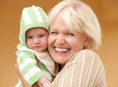 3050189-babcia-kobieta-niemowle-dziecko-900-664.jpg (900×664)
