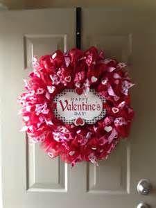 Valentine Mesh Wreath | creative