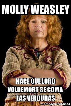 XDDDDDD Cualquiera le dice que no a la Sra Weasley
