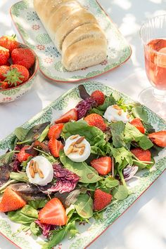 Wildkräutersalat mit Erdbeeren & Ziegenfrischkäse #erdbeeremalanders
