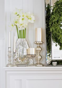White bulbs flowers silver
