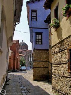 σοκάκια στηνἜδεσσα~ Alleys in Edessa photo by Vojtech Dvorak