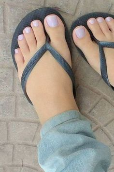 (notitle) - Elizabeth Deleon - Make-Up Blue Toe Nails, Pretty Toe Nails, Blue Toes, Pretty Toes, Feet Soles, Women's Feet, Sexy Zehen, Pies Sexy, Glamour Nails