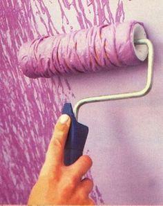 Ideia para pintura texturizada: Enrolar cordel em volta do rolo. Texture paint wall idea: Rol some string on roller painter.