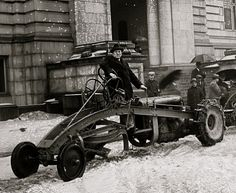 Early snow plow, ca. 1910 - 1925, via Library of Congress