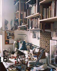 Studio room, art studio at home и artist workspace. Bg Design, Art Studio Design, House Design, Interior Design, Workspace Inspiration, Room Inspiration, Atelier Photo, Artist Workspace, Home Studio