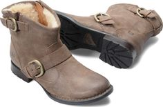Born Womens Shea in Antracite Shearling. These boots are made for walking...and your feet will thank you.