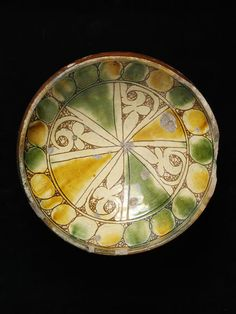 Bowl | V&A Search the Collections. Cyprus, 14-15th c