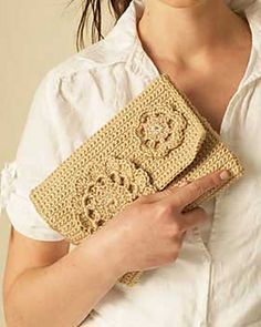 Ravelry: Natural Clutch pattern by Bernat (register with Bernat). Thanks so for share xox
