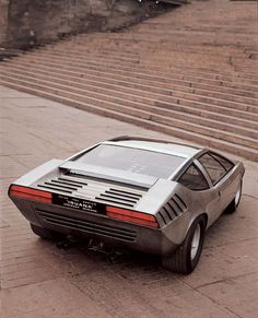 Alfa Romeo Iguana The Alfa Romeo Iguana concept car debuted at the 1969 Turin Motor Show. It was designed by Giugiaro, of Ital Design. The car was a fully working design study. It featured a 230 bhp 1995cc, mid-mounted V-8, from the Alfa Romeo Tipo 33/2.