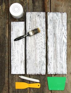 How to Whitewash Wood in 3 Simple Ways! - How to Whitewash Wood in 3 Simple Ways! Ultimate guide + video tutorials on how to whitewash wood & create beautiful whitewashed floors, walls and furniture using pine, pallet or reclaimed wood. Unique Home Decor, Home Decor Items, Diy Pallet Projects, Woodworking Projects, Craft Projects, Project Ideas, Craft Ideas, Decor Ideas, Woodworking Furniture