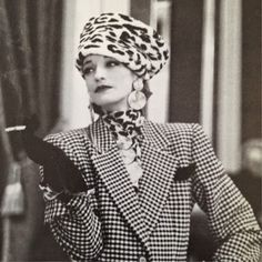 Loulou de la Falaise in YSL/Rare Vintage Vintage Vogue, Vintage Ladies, Vintage Fashion, Vintage Woman, 80s Fashion, Fashion Models, Fashion Beauty, Yves Saint Laurent, Dandy