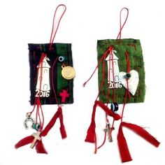 Handmade creation for Christmas from EMT. Unique designs in good luck charms for the New Year. Christmas Decorations, Christmas Ornaments, Holiday Decor, Brooches, Projects To Try, Museum, Charmed, Unique, Gifts