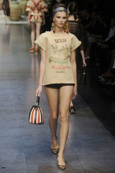 Dolce & Gabbana 2013 S/S  READY TO WEAR