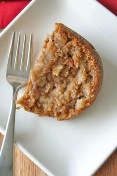 Fresh Apple Cake from The BakerMama Apple Cake Recipes, Easy Cake Recipes, Pumpkin Recipes, Fall Recipes, Baking Recipes, Dessert Recipes, Apple Cakes, Bread Recipes, Thanksgiving Recipes