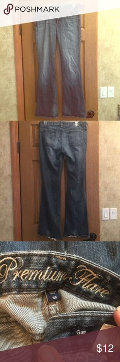 Gap flare jeans size 10 R Good shape other then the bottoms refer to last pic that at the back bottom jeans !! GAP Jeans Flare & Wide Leg