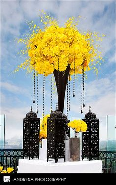 yellow wedding flowers, black and white wedding decor, black wedding flower centerpiece, wedding flower arrangement, add pic source on comment and we will update it. Yellow Centerpieces, Flower Centerpieces, Wedding Centerpieces, Flower Arrangements, Wedding Decorations, White Centerpiece, Centerpiece Ideas, Decor Wedding, Wedding Bouquets