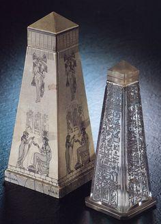 Bichara perfume bottle, obelisk form, 1928, H: 20 cm, Egyptian Revival