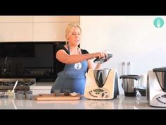 Recipe from cookbook 'Quick Fix in the Thermomix'. Lemon Recipes Thermomix, Cake Youtube, Cheese Cakes, Soap Making, Author, Cooking, Gadget, Poppy, Tips