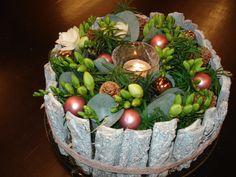 Art Floral, Serving Bowls, Flower Arrangements, Table Decorations, Tableware, Flowers, Christmas, Home Decor, Xmas