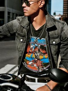How to Score the Best Vintage Rock Shirts | GQ