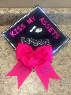Pinterest the world s catalog of ideas for Accounting graduation cap decoration
