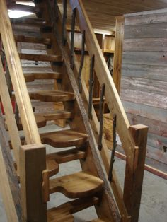 Thomas Jefferson created the alternating tread stairs to save space in his home. As a result, it is often referred to as a Jefferson stairs.