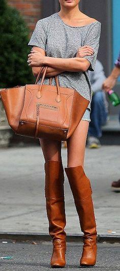 womens handbag street style