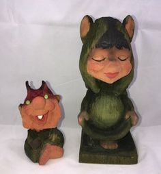 Lot-Of-2-Vintage-Henning-Craved-By-Hand-Green-Trolls-Norway-Collectible-Gift