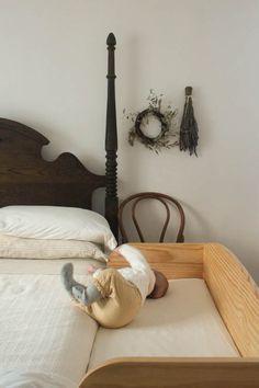 Living with kids: amelia hahnke bedside bassinet co sleeper, baby bedside crib, co
