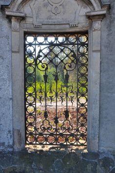 Brzesko. Fot. Przemysław Skowron Doors, Gate