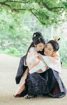 """Moon Lovers"" / ""Scarlet Heart"" - Lee Joon Gi as Prince Wang So and Lee JI-Eun (IU) as Hae Soo"
