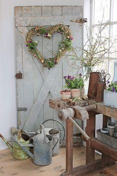 Hottest Pic farmhouse garden shed Popular Lawn outdoor sheds include multiple makes use of, which includes holding residence mess along with garden upke. Farmhouse Garden, Farmhouse Chic, Country Farmhouse, Farmhouse Front, Shed Conversion Ideas, Deco Champetre, Home And Garden Store, Decoration Entree, Shed Design