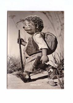 Mecki the Hedgehog Postcard No.15 Herzliche gratulation-cordial congratulations